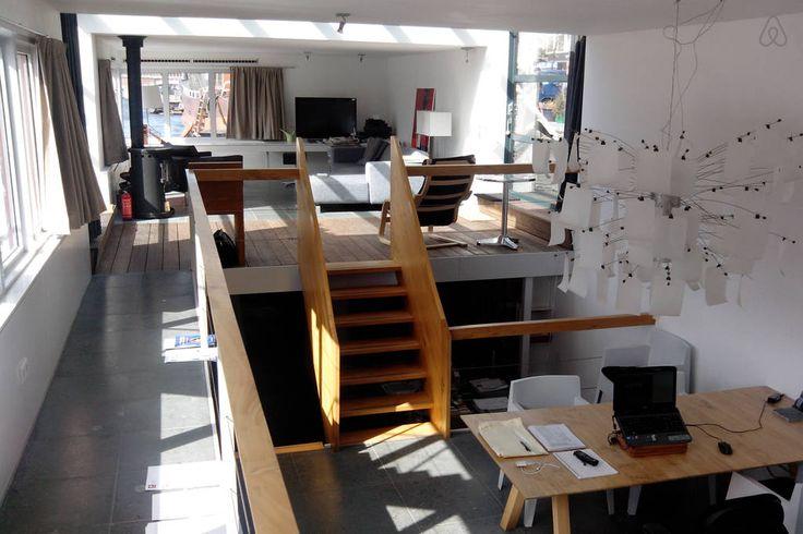 Unique Houseboat Amsterdam Center