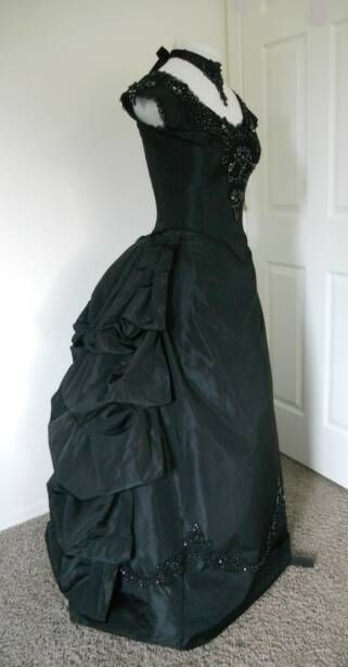 Google Image Result for http://www.sallycdesigns.com/publishImages/V-5096Neo-VictorianGothicBallGownwithGunmetalBeading~~element149.jpg