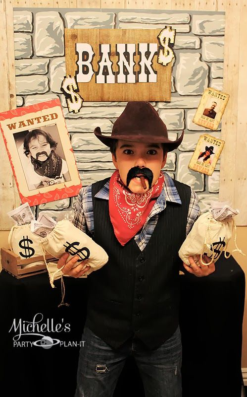 Michelle's Party Plan-It: Part 2 Liam's Round Up - Fun & Games - cowboy photo booth and props