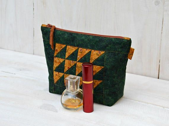 #Christmasgift #Makeupbag #Patchwork #cosmeticbag  #ZipperPouch #Green Travel Bag #Copper cosmetic storage