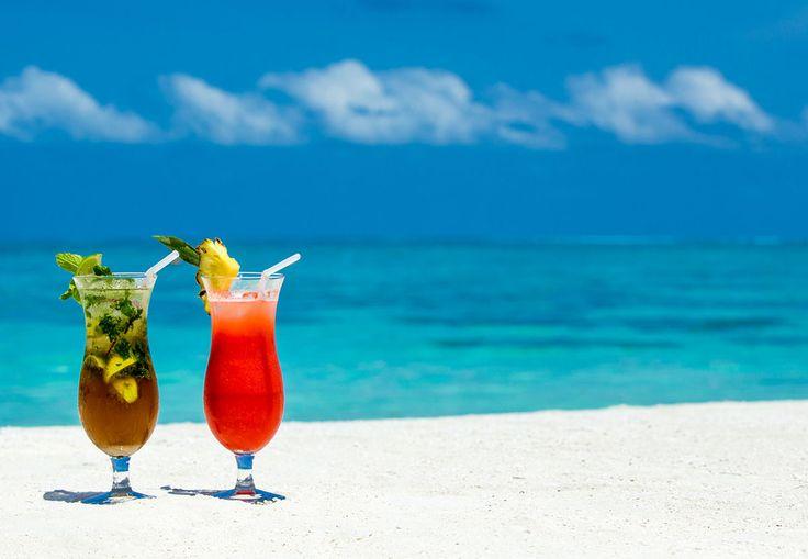 Mykonos beaches: The cosmopolitan & party beaches of Mykonos! Read more at: http://goo.gl/S8niKM  #alanamykonostown #beach #summerparty #mykonos #mykonoslife