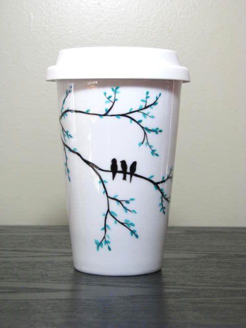 Jetzt können Sie personalisieren diese umweltfreundliche Reisen Kaffee Becher beliebig! Wählen Sie jedes mögliches Design aus meinem Shop, entscheiden Sie sich für die Farben und den Text, den Sie möchten enthalten. Dies ist das perfekte Geschenk für alle Kaffeeliebhaber! Becher kann auch mit Ihrem eigenen Design angepasst werden.  Becher Porzellan und enthält einen Silikon-Deckel.  Zeitplan: Diese Tasse ist Bestellung; Bitte erlauben Sie 1 Woche für die Produktion.  Pflegeanleitung: Die…