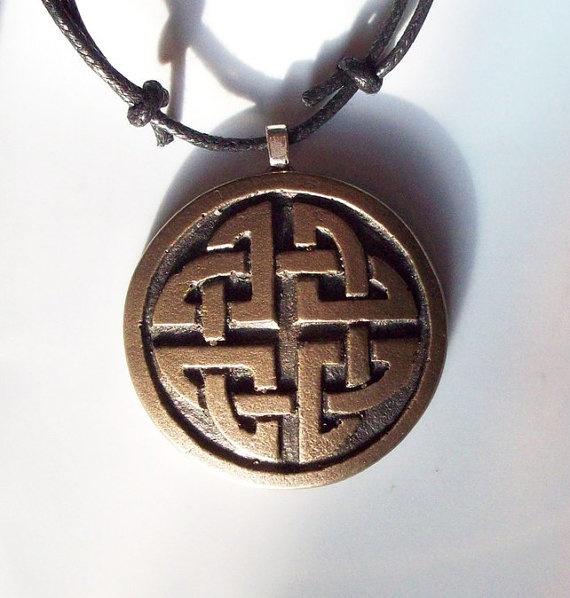 Bronze Celtic Pendant by GelertDesign on Etsy, £6.00
