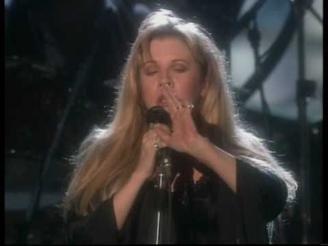 Fleetwood Mac - Rhiannon - The Dance -1997 My daddy loved this just months  before he passed away.. made me go buy the CD for him