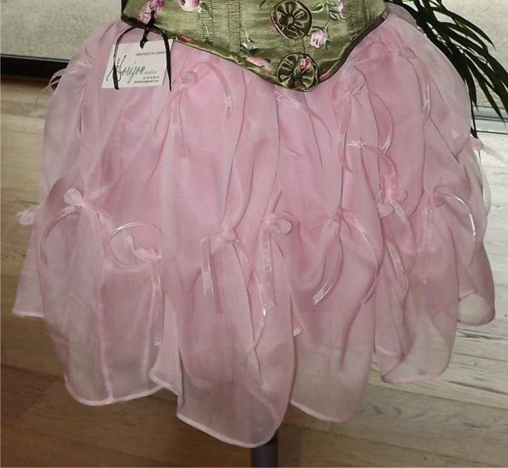 Jupe en mousseline de soie et tulle rose T 36/38 : Jupe par horizon-couture-corsets