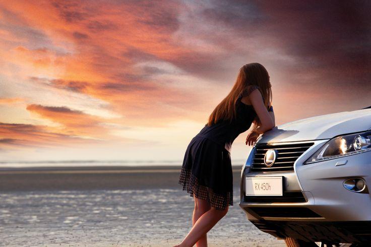 이 여름의 한 가운데를 지나 누구보다 근사하고 '효율적인 행복'을 누리고 싶은 당신이라면 RX 450h와 함께 머리와 가슴이 이끄는 길로 나서보라고 권하고 싶다.   Lexus i-Magazine Ver.5 앱 다운로드 ▶ www.lexus.co.kr/magazine #Lexus #Magazine #RX #RX450h #hybrid