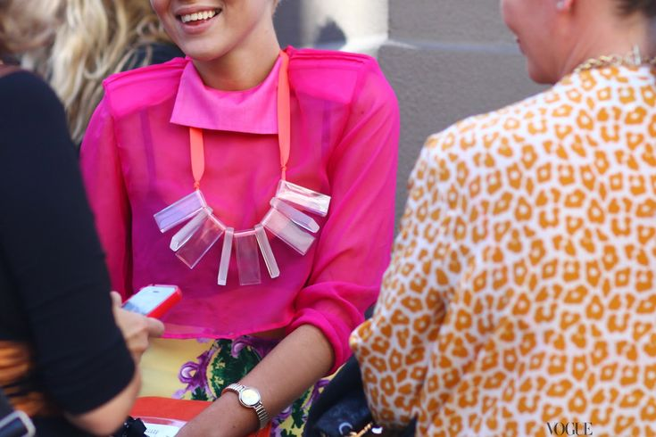 Sydney Fashion Week: hot pink and orange leopard print: Colors Outfits, Bright Pink, Statement Necklaces, Pink Tops, Fashion Week, Street Style, Hot Pink, Leopards Prints, Pink Shirts