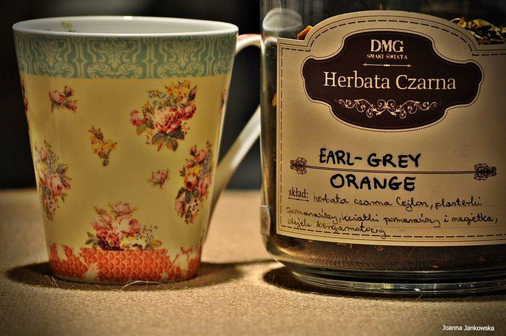 Czarna herbata o świeżym smaku bergamotki z nutą soczystej pomarańczy Skład: czarna herbata Cejlon, plasterki pomarańczy, olejek bergamotki, kwiatki pomarańczy i nagietka. Czas parzenia:  2-3minuty , 96°C #herbata #kawa #gdansk #gdynia #sopot