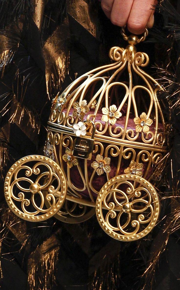 Dolce and Gabbana fall 2016 RTW   @ my handbags Clothing, Shoes & Jewelry : Women : Handbags & Wallets : hand bags women   http://amzn.to/2ltHr9V