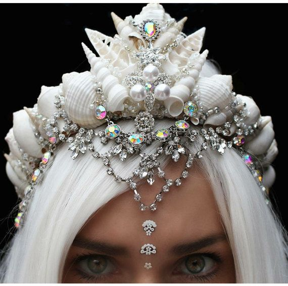 Corona de plata de aura por chelseasflowercrowns en Etsy
