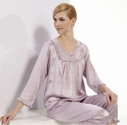 Női selyem pizsama - Női pizsama - Hernyóselyem ruhanemű - Termékek - selyemwebaruhaz.hu