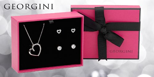 This beautiful Heart Set is valued at RRP $209, but you can get it for $149! Available at Bluespirit Jewellery.