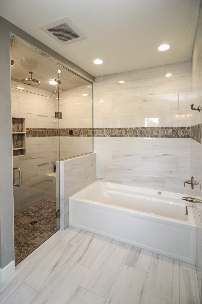 Marble Tiled Bathroom Flooring And Walls With Brown Tiled Accents Brown Tile Bathroom Marble Tile Bathroom Shower Marble Tile Bathroom