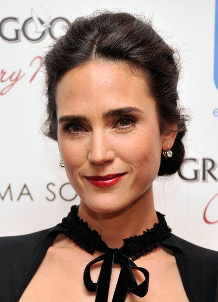 Jennifer Connelly's Silky Tresses (Hairstyle Ideas)