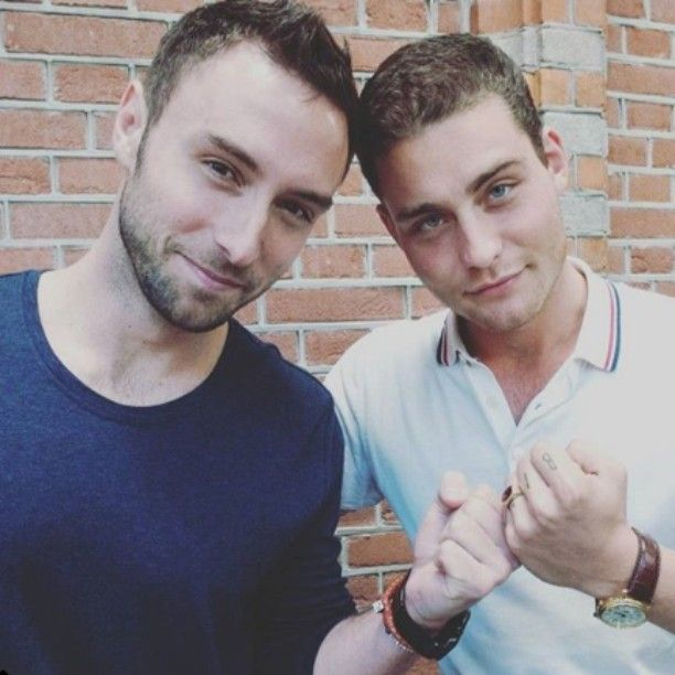@manszelmerlow and Douwe Bob.  Credit to owner