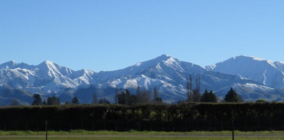 The lovely Geraldine, wedged between the Southern Alps and the Canterbury Plains...a beautiful winter's day.