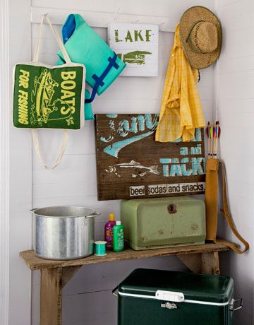 Green Coleman cooler ~ Classic!   The signs would be fun to make.Lake Cottages, Lakes House, Lakes Signs, Camps Gears, Outdoor Camping, Camps Decor, Cottages Decor, Camping Gear, Lakes Cottages