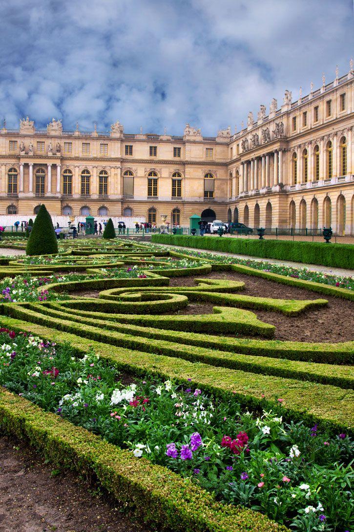 Palace de Versailles in Paris, France