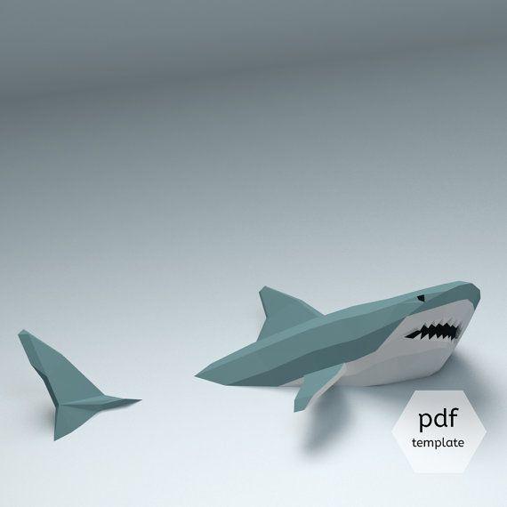 Papier haai modellen zijn vrij zeldzaam, vooral degenen die u in de muur kunt hangen. Bent u een liefhebber van de haai? Heb je ooit gedacht hoe cool zou het zijn om een haai sculptuur voor uw huis of kantoor? Het is zelfs koeler als deel van het is nog steeds ondergedompeld in de muur als deze! Het goede nieuws is dat je het zelf kunt maken! Deze pdf-sjabloon verandert in een levendige 1-meter lange haai. Het proces van de montage is gemakkelijk te begrijpen, maar voor dit model, is het ...