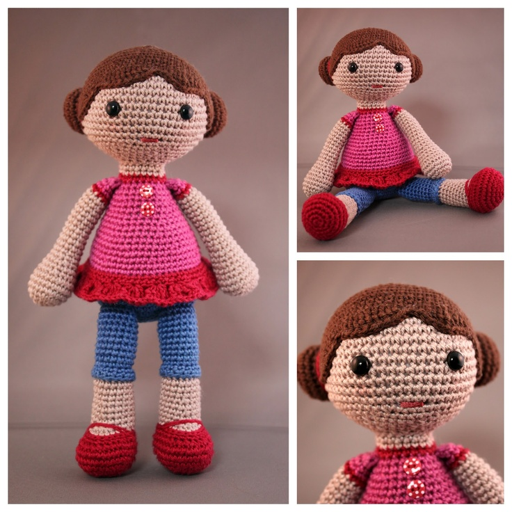 This is such a cute doll and I need to make this for my Ellie.  There's no pattern, but I think I can use the Lily dolls as a pattern and create a similar look.  I love her sweet, simple tunic.