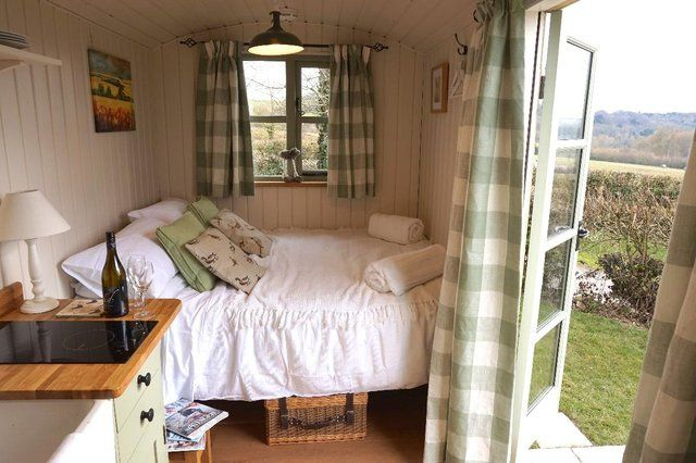 shepherd hut - Second Hand Sheds, Greenhouses and Buildings, Buy ...