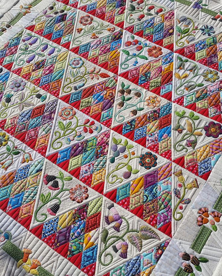 https://flic.kr/p/NuTXdk | A1 | Sweet Surrender by Sue Cody, pieced by Beth and quilted by Judi Madsen