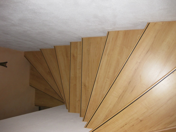 pin treppe mit laminat belegen on pinterest. Black Bedroom Furniture Sets. Home Design Ideas
