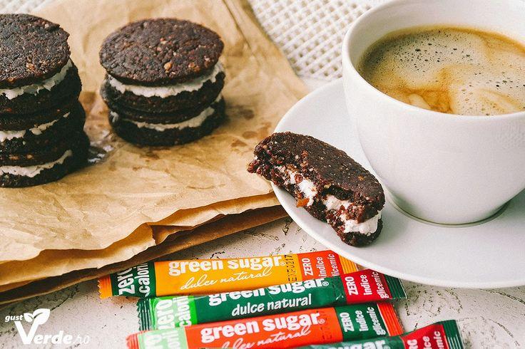 Gust Verde: Biscuiti Raw Vegani OREO.
