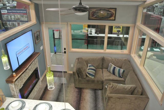 """Pinner says: This is one of the most inventive uses of """"400 SF"""" living I have seen."""