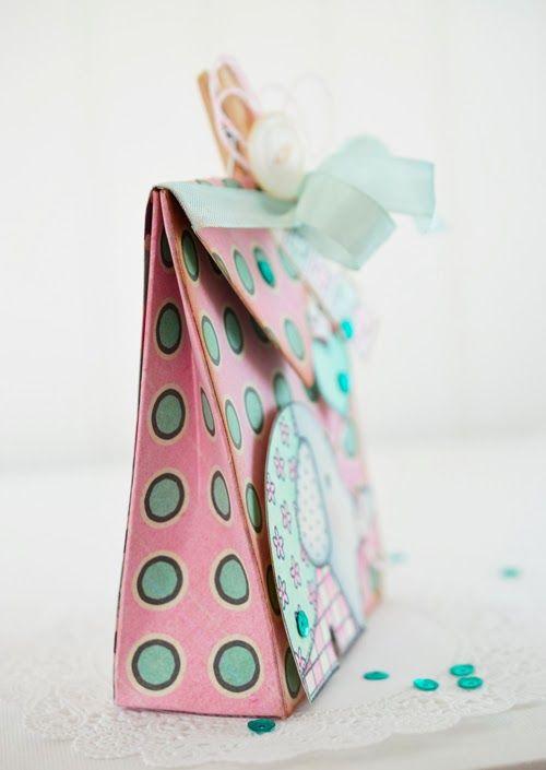 Lori Hairston envelope punch board bag video tutorial.