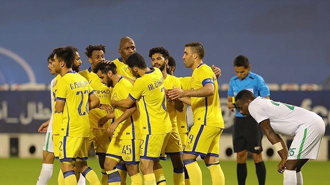 النصر السعودي يبلغ نصف نهائي دوري أبطال آسيا للمرة الأولى في تاريخه تجاوز النصر السعودي مواطنه أهلي رياضة كرة قدم Www Alayya Soccer Soccer Field Football