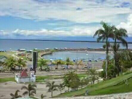 Pantai Tapak Paderi, Bengkulu