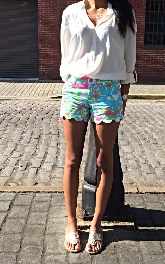 Lilly Pulitzer Buttercup Scallop Short in A Delicacy via virginiagamecock tumblr