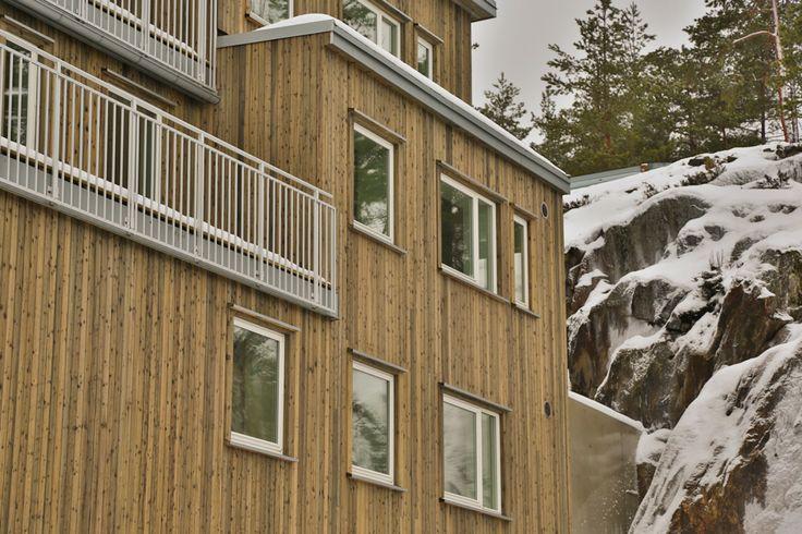 Hektneråsen Terrasse, bolig prosjekt utført med utvendig kledning av sibirsk lerk. Fotograf: Eskild E. Fors