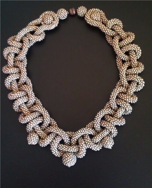 Necklace | Artist ?.  Like this crocheted beaded rope necklace. {perhaps someone who speaks Russian can help me out with who the artist is}