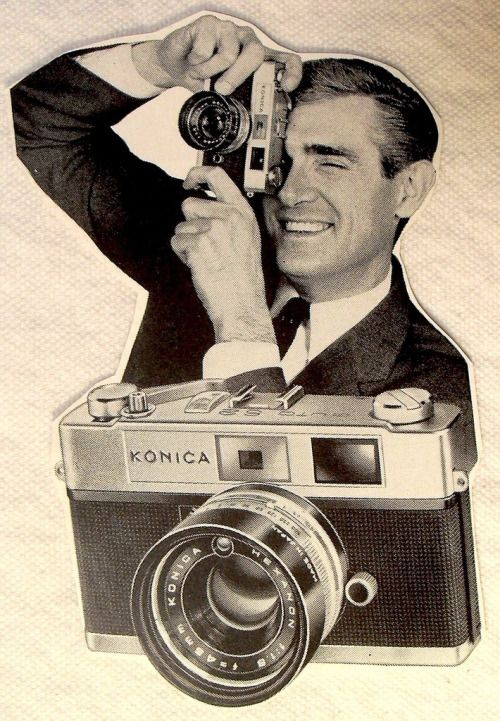 flashenondeux:  1960s - Konica Camera