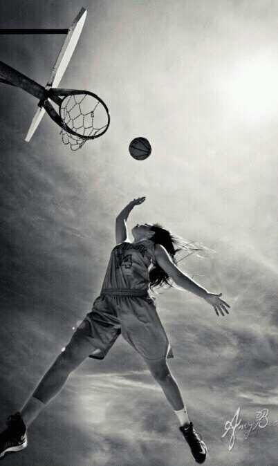 Awesome senior picture idea for basketball players.