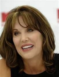 Ahhhh the magic of plastic Surgery...      Robin McGraw