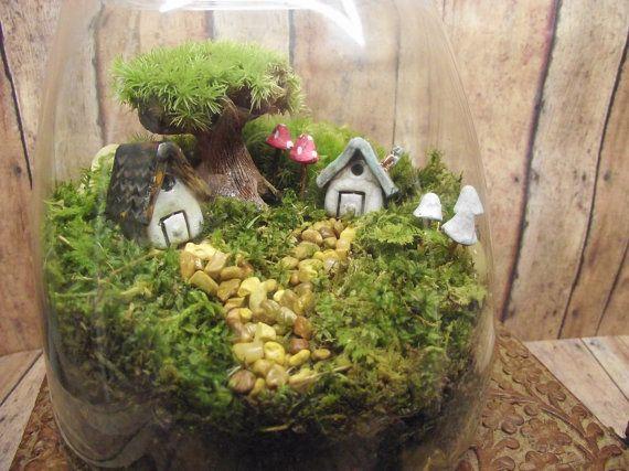 Large Miniature Landscape Live Moss Terrarium with von GypsyRaku
