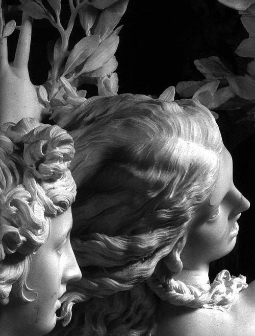 Похищение Прозерпины — мраморная скульптура Джованни Бернини, создавалась в 1621—1622 годах, когда скульптору было 23 года. Находится в галерее Боргезе. Высота статуи 295 см  По легенде, Прозерпина, дочь богини зерна Цереры, собирала ирисы, розы, фиалки, гиацинты и нарциссы на лугу со своими подругами, когда ее заметил, воспылав любовью, Плутон, царь подземного мира.