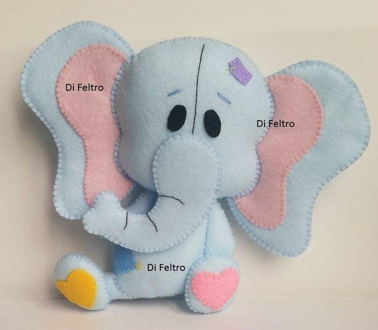 Sao 5 bichinhos fofos, ideais para decoraçoes para bebes! Arquivo em PDF, enviado por email, com 53 paginas, com 19 passo a passos detalhadamente explicados e ilustrados com 68 fotos de cada detalhe para te ajudar na montagem dessas lindas peças que possuem aproximadamente: Leao: 18cm Girafa: 20cm Elefante: 18cm Cachorro: 17cm Hipopotamo: 18cm Sao 20 paginas de brindes: Tags para presentes e lembrançinhas