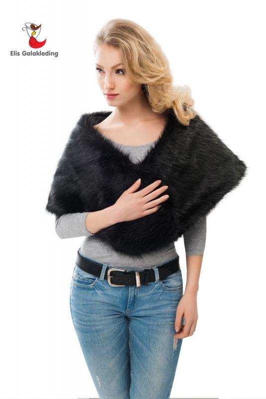 Warme stola van kunst vos bont. Verkrijgbaar in de kleur zwart. Maat: universeel (34-44). Geschikt voor bij galajurken, avondjurken en cocktailjurken. - € 49,00