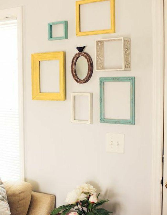 1001 id es originales de d co avec cadres vides diy pinterest cadres vides murs blancs. Black Bedroom Furniture Sets. Home Design Ideas