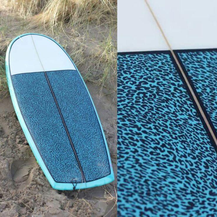 Deff Leopard 5'4x22,5x2 3/4 Minisimmons surfboard