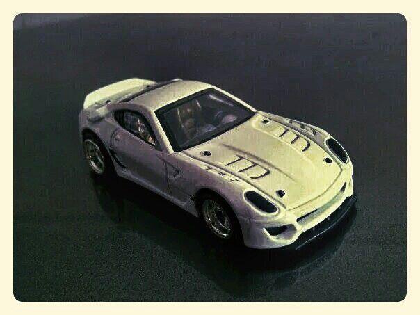 Hotwheels - Ferrari 599XX (Customized) 3