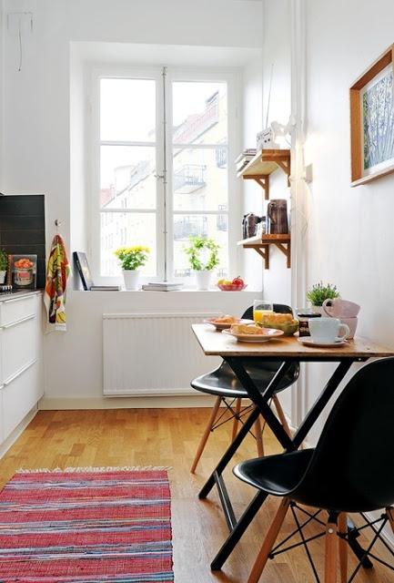 """""""MA NOUVELLE MAISON"""": Beautiful small kitchens!"""