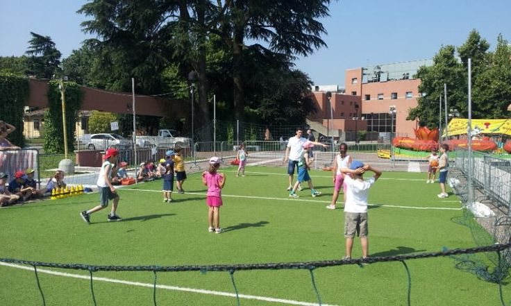 children playing during the event 'Piazza dello Sport 2013' - Piazza Don Giussani (city Centre)