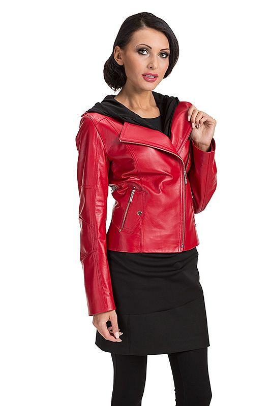 red leather jacket, kurtka skórzana, polska marka, polish brand, verssen, woman outfit