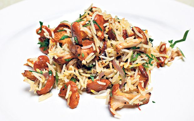 This is a delicious rice dish with mushrooms is perfect with an Indian feast