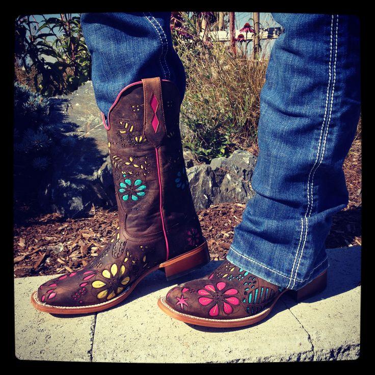 Black Snip Toe Cowboy Boots Heart